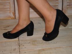 Туфли из натурального замша на устойчивом каблуке