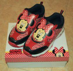 Новые кроссовки Disney Minnie Mouse 34 размер LED подсветка