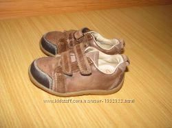 Clarks кроссовки кожа 20. 5р по ст 13. 5 см полнота f