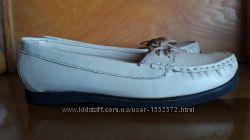42-43 р. Кожаные удобные новые туфли мокасины на низкой подошве Англия