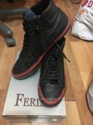 Продам мужские ботинки  CAMPER