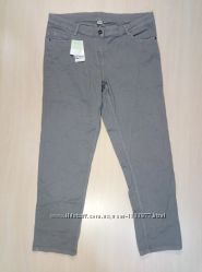 Серые женские джинсы