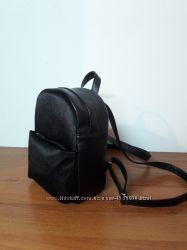 5cddeaf44b7f Женский рюкзак черный с бархатом, 330 грн. Рюкзаки женские ...