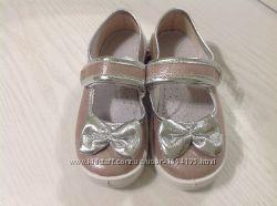 Красивые и нарядные туфельки для девочек