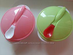 Набор детской посуды. Тарелочка с присоской, крышка, ложка.