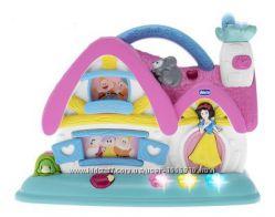 Музыкальная игрушка Chicco Домик Белоснежки и 7 гномов Disney