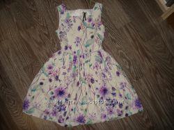 Очень красивое платье фирмы Next