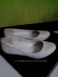 Кожаные белые туфли Brut Rose