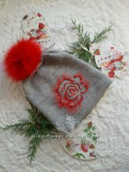 Оригинальная и модная шапка для девушки.