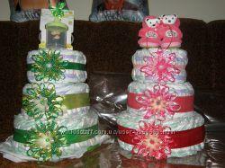 тортики из памперсов, улитки украшены заколками, повязками, галстук-бабочка