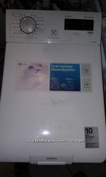 Продам по запчастям стиральную машину Electrolux EWT 1366 HDW