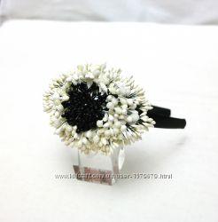 Модный чёрно-белый стиль Впечатляющий ободок обруч на голову из тычинок