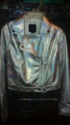 Продам новую куртка Forever21 р. М
