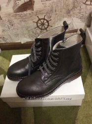 Продам лот женской обуви Twin Set