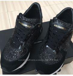Продам кроссовки D&G 39 размер