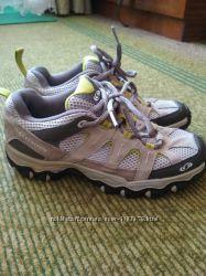 Трекинговые кожаные кроссовки Salomon