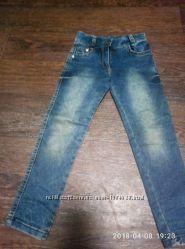 джинсы р. 116 Турция в очень хорошем  состоянии
