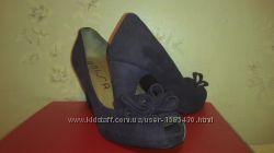 Женские туфли 40 р-р. Unisa новые