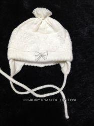 Зимняя шапочка на новорожденного