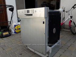 Втраиваемая посудомоечная машина Bosch SMU40M55EU 60см А VarioSpeed