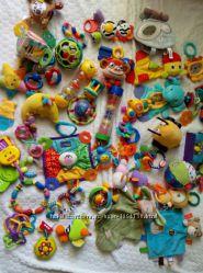 Развивающие игрушки, погремушки, грызунки