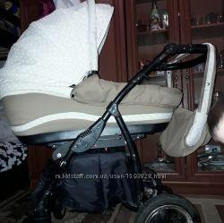 Продам очень красивую колясочку.
