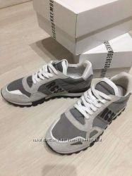 Продам кроссовки Bikkembergs 42 размер новые, оригинал