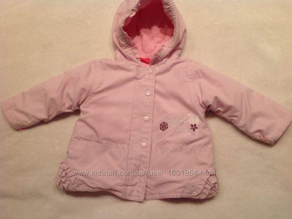 Курточка на девочку 6 месяцев.