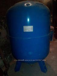 Стальний вертикальний бак для води гідроакумулятор Aquasystem на 200