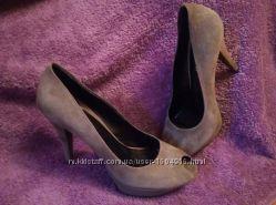 Женские туфли на каблуке 39 размер