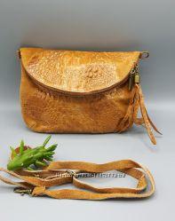 Итальянские сумки. Кроссбоди с кисточкой.