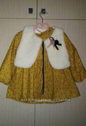 теплое платье на девочку на 2- 3 г. платье с жилеткой