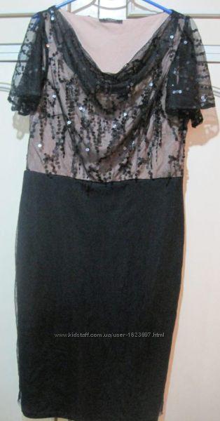 Платье нарядное стильное размер XS -S