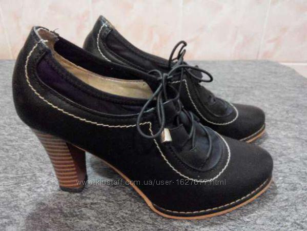 Туфли женские 37 р. длина стельки 23 см.