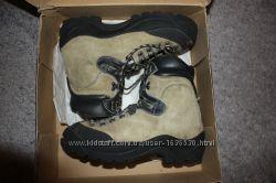 Продам альпинистские ботинки La Sportiva Makalu, 42