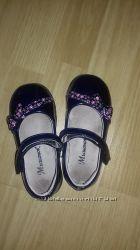 Продам детские лакированные туфли
