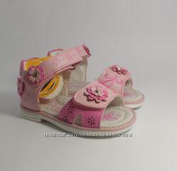 Бесплатная доставкаОчаровательные сандалики для девочки20-24 Clibee
