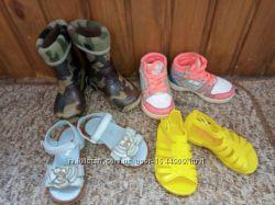 Обувь кросовки, вотершузы, босоножки, сапожки резиновые р. 21  11-12см