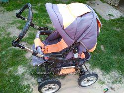 Дитяча коляскч