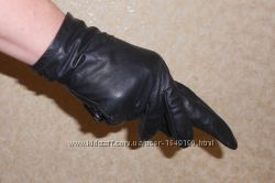Женские перчатки черного цвета. Натуральная кожа. S