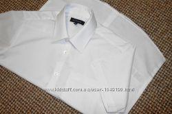 Рубашка белая на мальчика с коротким рукавом. 11 - 12 лет