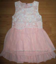 Очаровательное, нарядное платье для девочки
