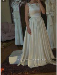 Новое свадебное платье размер 44 наш