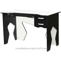 Чёрно-белый игровой стол геймерский Barsky HG-03 со скидкой