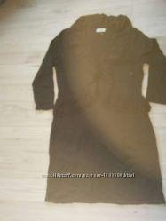 Теплое, модное вязаное платье марки  Calvin Klein