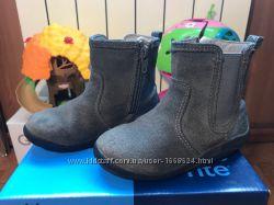 Ботиночки Stride rite для девочки 24 размер