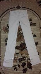 Продам белые женские штаны Elisabetta Franchi