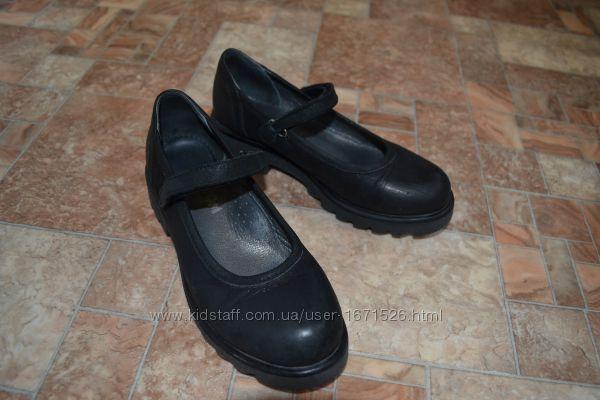 Туфли Bebetom 33 р, состояние отличное 21, 5 стелька