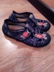 Продам взуття перезувнедля садочкадля хлопчика,