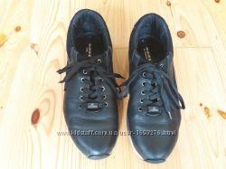 Подростковые кроссовки 40р, стелька 25см